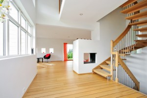 Charmant White And Spacious Interior House Painting Fresh And Modern Look